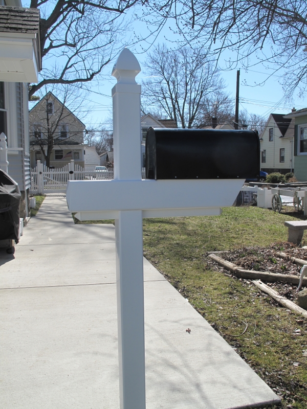 Essential Mailbox Post with Gothic Cap