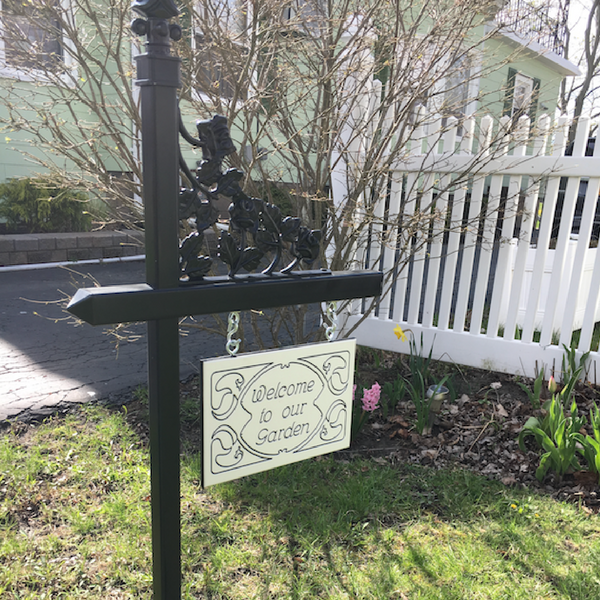 Black lawn sign holder with customized engraved lawn sign on white-black-white color core. Contact us for details if you're interested in a black lawn sign.