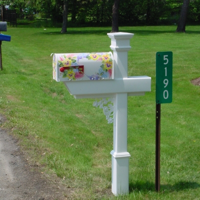 The white PVC Mailbox Post makes it easy to show off a decorative mailbox